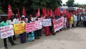 CPI (ML) Observes National Protest Day against Deaths of Children in Gorakhpur