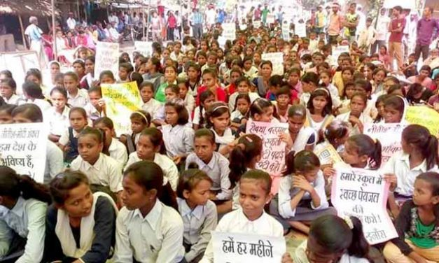 Sadak Par School Campaign Enters 8th Phase