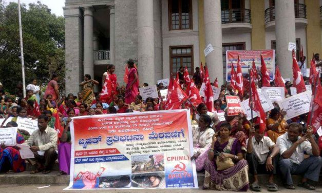 Protest demands end to manual scavenging
