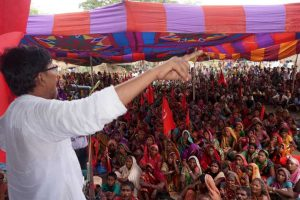 Landless Poor Occupy Land in Jamui and Beguserai